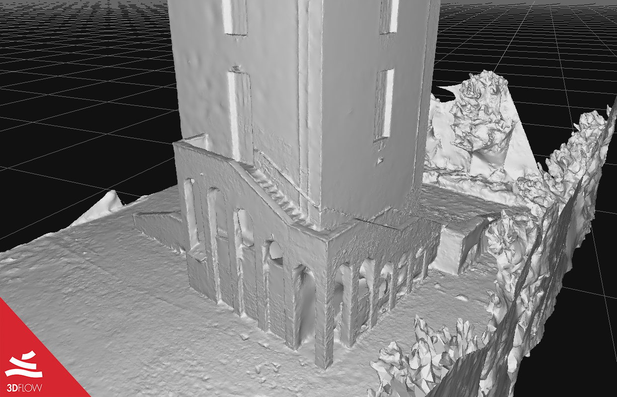 3D mesh geometry (left) and texture (right) of the tower base. © DL Droni Srl