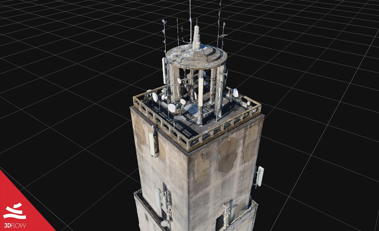 Geometria 3D della mesh (a sinistra) e texture (a destra) della parte superiore. © DL Droni Srl