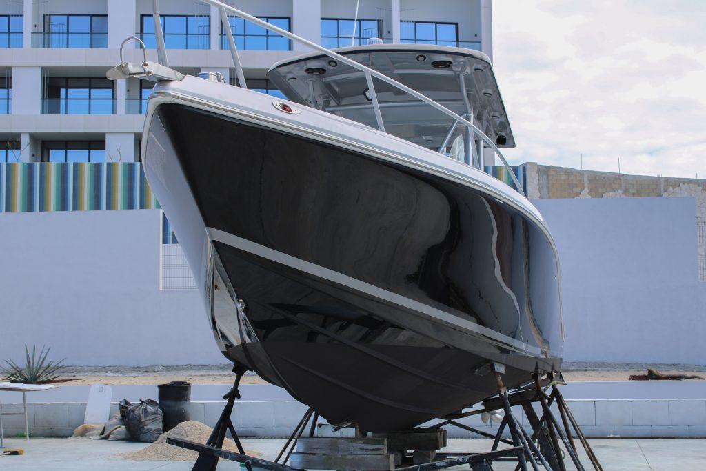 Fig.1 Foto dello yacht. © Edgar Tovar